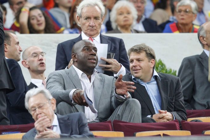 magic johnson dimissioni lakers